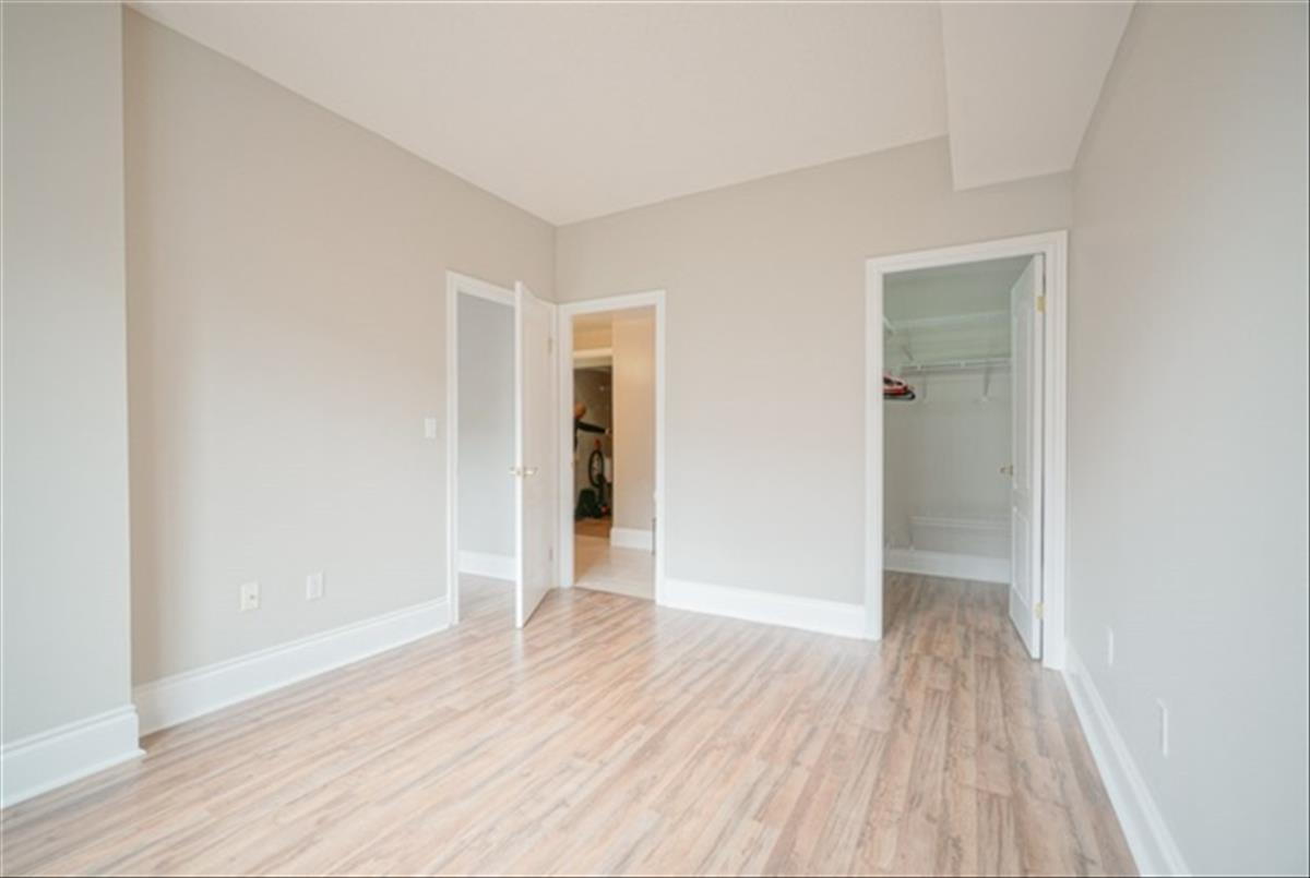 53 Woodbridge Ave Vaughan Sandra Rinomato Properties